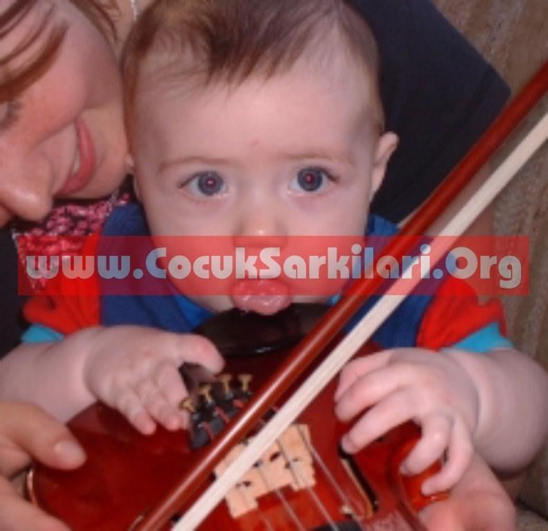 Anneler Günü Çocuk Şarkısı